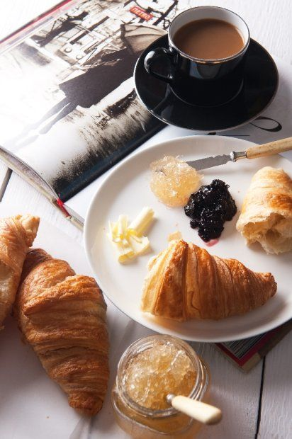 breakfast in France: