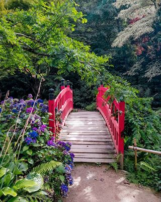 Le Joli Pont Du Parc Botanique De Haute Bretagne Garden