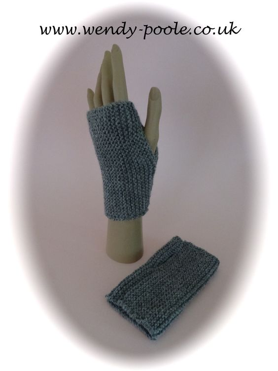Early Learner Knitted Wristwarmers My Free Downloadable Pdf