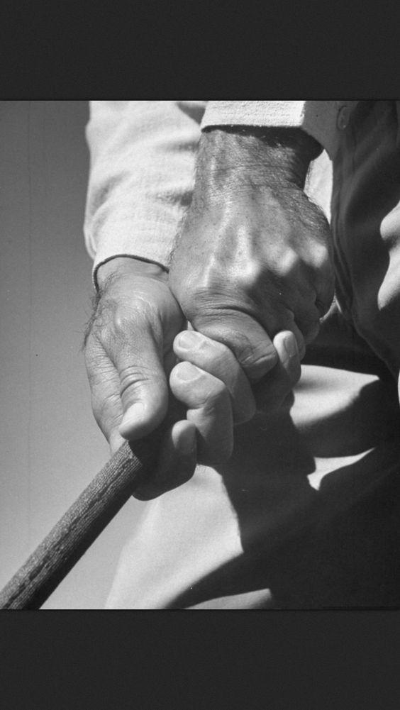 Hogan's perfect grip