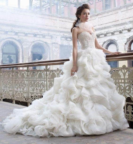 *Os encantadores Vestidos de Noiva com tule - Uberlândia - Artigos e Dicas - SeuEvento.Net