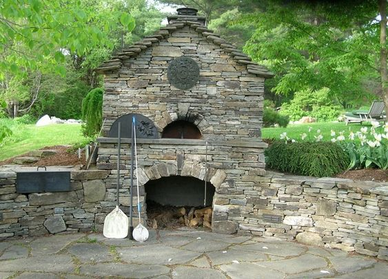 building outdoor ovens