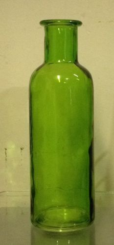 7-GLASS-BOTTLE-VASE-IN-ASSORTED-COLORS