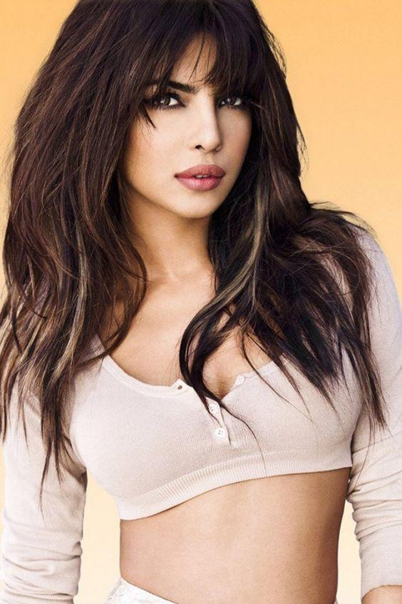 Brunette model in new viagra commercial
