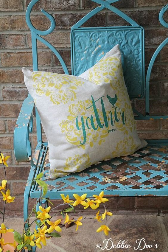 DIY custom linen pillow customized two ways - Debbiedoos