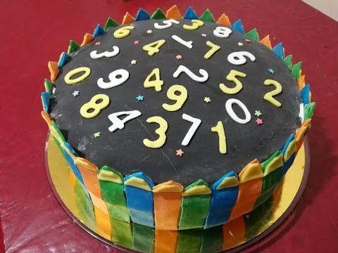 كب كيك ورد ومكياج وسمايلي فيس فوندانت عجينة سكر Makeup Cupcakes Flowers And Smily Face Ayah Birthday Fondant Cupcake Desserts Food