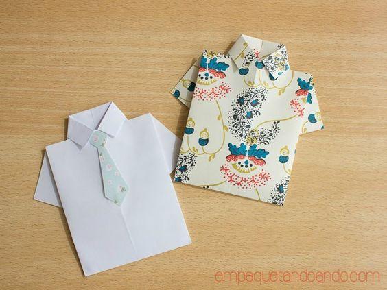 ¿Cómo hacer una camisa de papel para un vale regalo? | Aprender manualidades es facilisimo.com