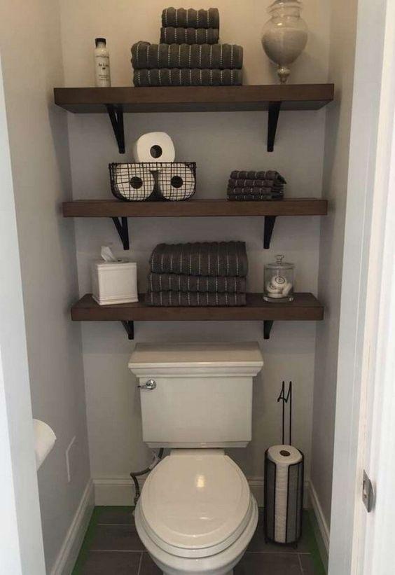 Small Bathroom Storage Ideas and Wall Storage Solutions #bathroomideas #smallbathroomideas #bathroomstorageideas » aesthetecurator.com