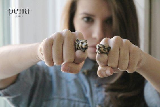 Lion's head ring
