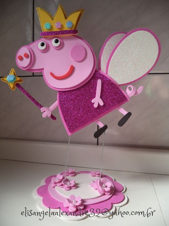 enfeite-mesa-peppa-pig-fada-em-eva-3000-11984-MLB20051702242_022014-F.jpg  900×1,200 píxeles   cumple   Pinterest   Pig party, Fiestas and Birthdays
