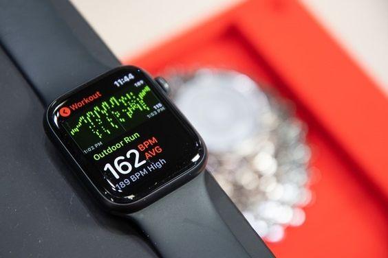 images?q=tbn:ANd9GcQh_l3eQ5xwiPy07kGEXjmjgmBKBRB7H2mRxCGhv1tFWg5c_mWT Smart Watch Ksh