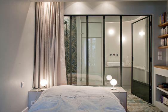 Salle de bain verri re dans une suite parentale id es for Verriere pour salle de bain