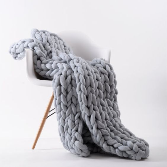 Ohhio's Grande Punto blankets. Chunky blanket. Giant by Ohhio