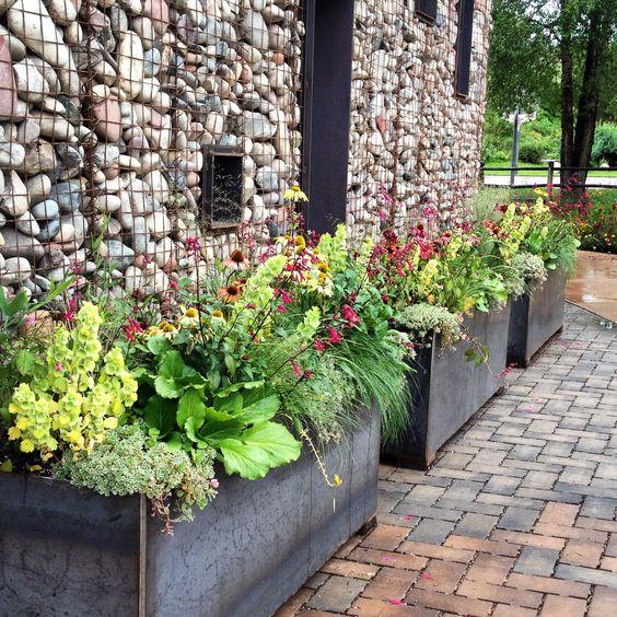 Pinterest the world s catalog of ideas for Perennial container garden designs