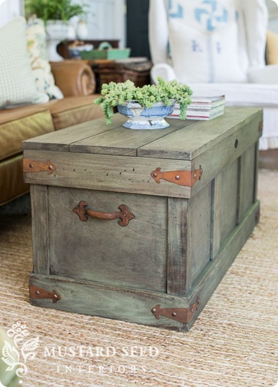 Pottery Barn Knock Off Trunk Coffee Table | Follow the video tutorial to learn how to distress furniture with milk paint!: