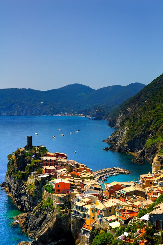 Seaside, Vernazza, #Italy. #Italia