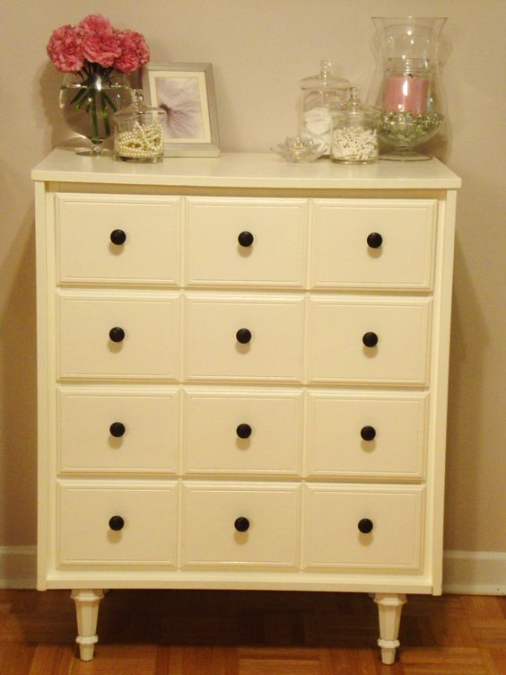 Honey Sweet Home: Before and After: A Goodwill Dresser Makeover!