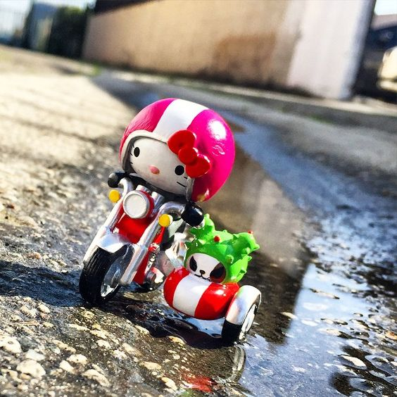 """Working with @Sanrio on new #tokidoki x #hellokitty mini toys! Check this #kitty #caferacer riding with #bastardino all around #losangeles! All…"""