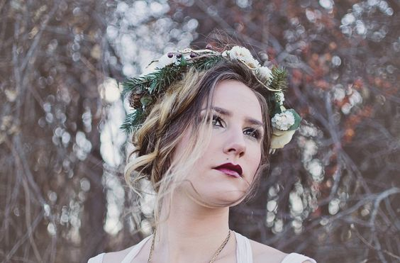 Lovely makeup and Hair with a flower crown on the blog today.  #flowercrown #winter #updo #makeup