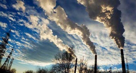 El número de ingresos hospitalarios aumenta con los picos de contaminación. En ciudades como Madrid, los casos de personas con problemas pulmonares aumentan un 42% en los momentos de mayor concentración de polución. Por eso, los expertos exigen reformas para un problema que la Agencia Europea de Medio Ambiente relaciona con 5.900 muertes prematuras anuales en España. - laSexta