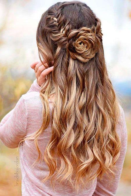 Hubsche Frisur Haare Lange Frisuren Schliessen Frisur Frisuren Haare Hubsche Lange Schlie Long Layered Hair Hair Styles Prom Hairstyles For Long Hair