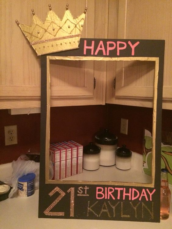 21st birthday photobooth frame kaylyn 39 s krafts for 21 birthday party decoration ideas
