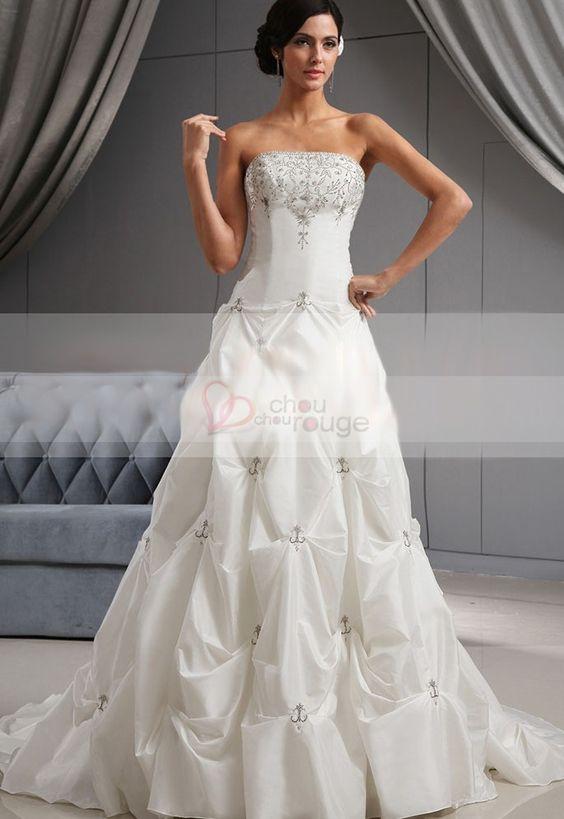 Robe de mariée bustier droit perlé affinant jupe ample bouffante en taffetas et mousseline avec traîne