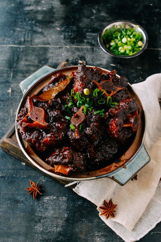 Chinese Braised Oxtails