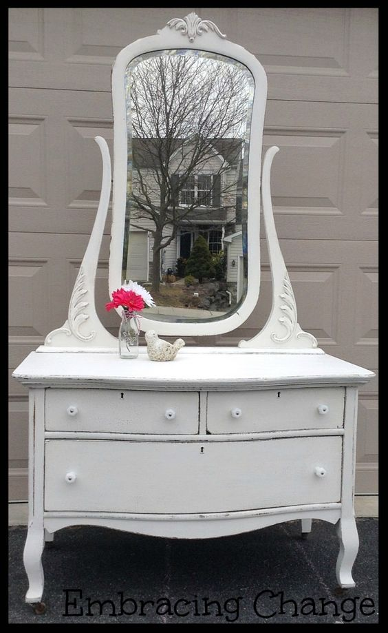 Marshmallow dresser sherwin williams marshmallow paint for Chalk paint at sherwin williams