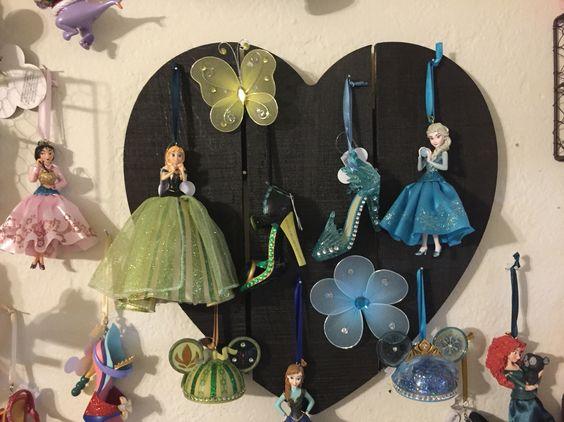 Disney ear hat & shoe ornament display