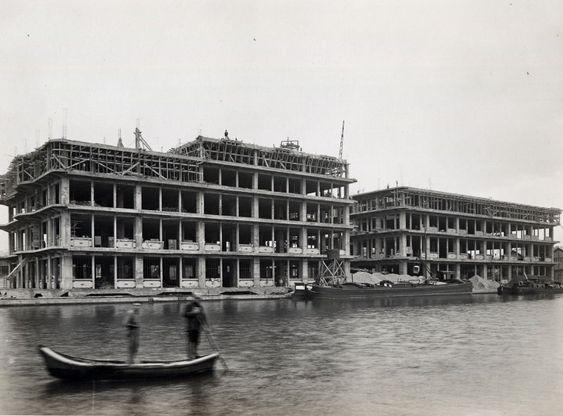 Construction des entrepôts de Pantin, 1930. © DR / CCI Paris IDF.