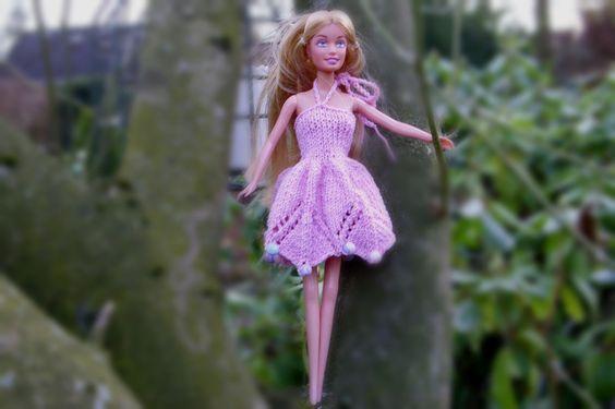 Puppenkleidung - **Kleid mit Perlen ** für Barbie ** rosa - ein Designerstück…