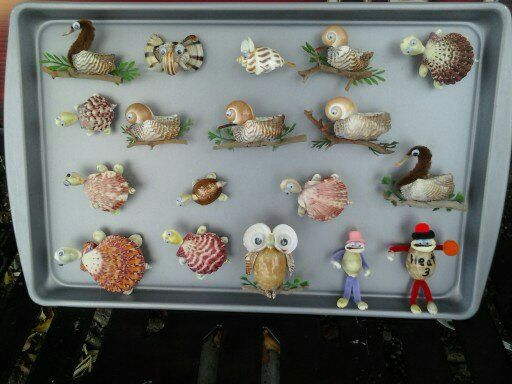 Hand made sea shell animals on magnet for by shellcrafters for Animals made out of seashells