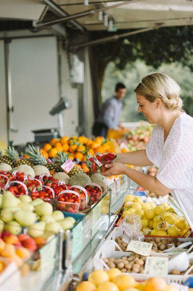 Erdbeeren frisch vom Markt für Torten