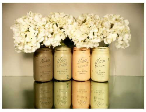 Fiori freschi, finti o frutta. Cosa preferite per i centrotavola? Ecco alcune idee fai da te! http://www.arredamento.it/centrotavola-fiori.asp #centrotavola #fiori #frutta