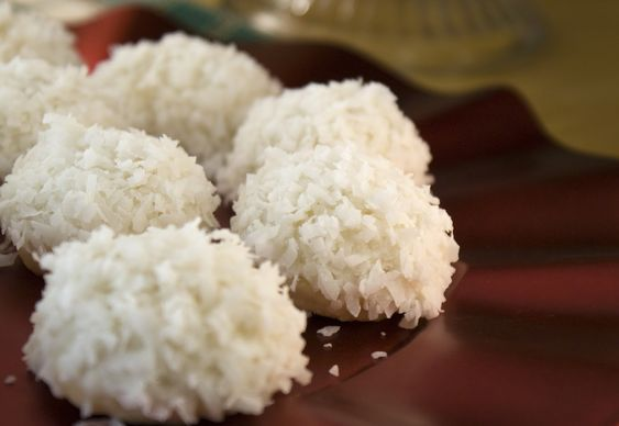 Lime & Coconut Snowballs byheatovento350 #Cookies #Lime_Coconut