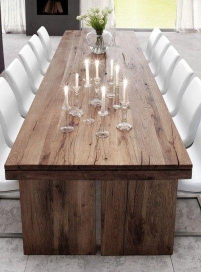 Tavolo in legno dal sapore rustico - Tavoli in legno massello dal sapore rustico per una casa chic.