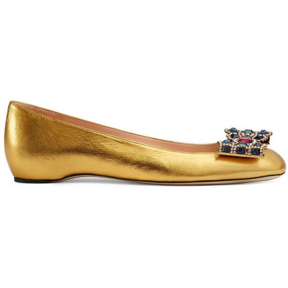 Gucci Metallic Leather Ballet Flat ($995) ❤ liked on Polyvore featuring shoes, flats, metallic gold, metallic ballet flats, ballerina shoes, metallic gold shoes, leather shoes and gucci shoes