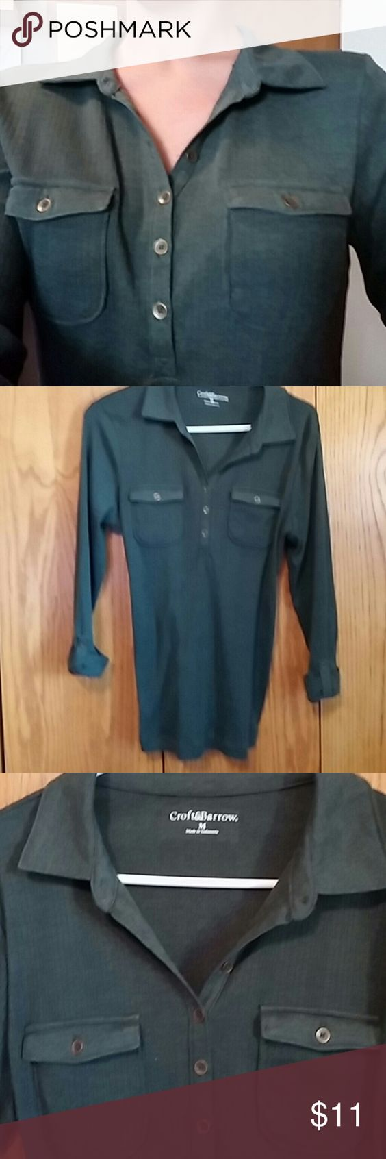 Croft & Barrows top with collar Croft & Barrows 3/4 length sweater top with a collar. A beautiful forest green and very soft. New never worn. croft & barrow Tops
