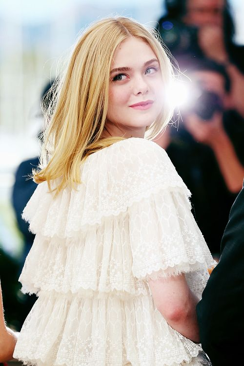 """Elle Fanning attends ""The Neon Demon"" Photocall during the 69th annual Cannes Film Festival at the Palais des Festivals on May 20, 2016 in Cannes, France. """