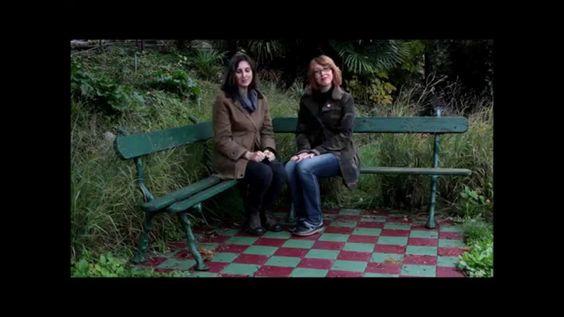 Progettazione: Idea per un piccolo patio moderno 2 Ladies in giardino