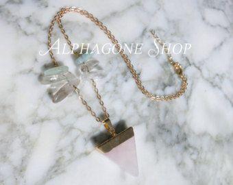 Alphagone #4 : Collier pendentif cristal quartz rose / pink quartz pendant necklace - Modifier la fiche - Etsy