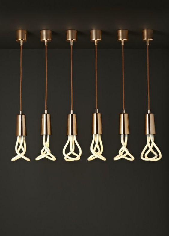 Plumen , ampoule en guise de luminaires, décoration, lights