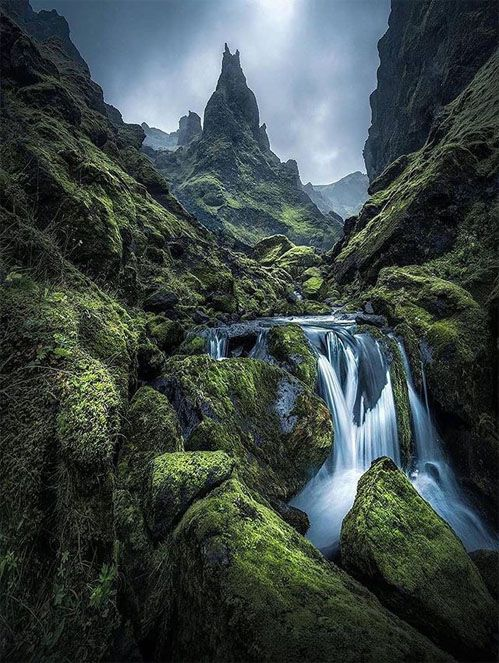 Awesome And Stunning Nature In Iceland Beautiful Places On Earth Iceland Nature Beautiful Nature