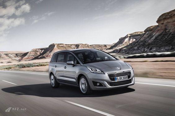 Peugeot 5008 Bilder.  http://www.kfz.net/autobilder/peugeot/5008-bilder/ Ein Van mit verschiebbaren Einzelsitzen Bei einer Länge von 4,53 Metern bietet er Platz für bis zu sieben Personen und viel Gepäck.