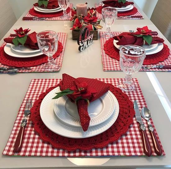 20 Exemplos Lindos De Guardanapos De Natal Christmas Dining Table Christmas Table Christmas Dinner Table