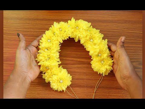 Chrysanthemum Flower Jadai Veni Making Real Flower Bridal Veni Tutorial In Tamil Women S Art Youtube In 2020 Chrysanthemum Flower Flower Art Chrysanthemum