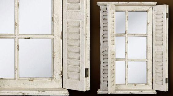 Une fenetre avec des volets persiennes devient miroir for Decoration fenetre persiennes