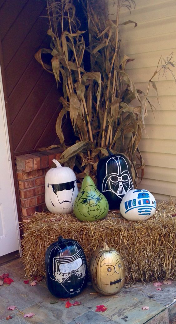 Star Wars painted pumpkins- set of 6. Darth Vader, Stormtrooper, Yoda, R2D2, C3PO, Kylo Ren
