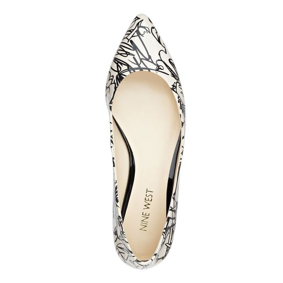 Black and White Onlee Pointy Toe Flats | Nine West